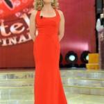 Milly Carlucci in Gattinoni