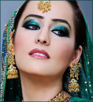 Indian-Bridal-Makeup-Green-520x568