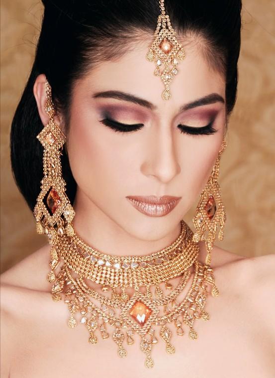Amato Makeup indiano per tutte le occasioni - 1channel Con Gusto Giusto  EB99