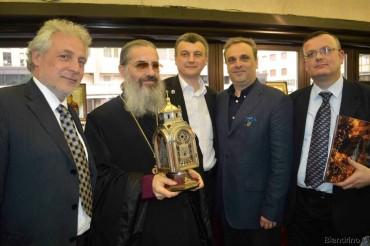 padre Ambrogio, Lobortas con giornalisti italiani Finelli, Biandrino, Mariotto