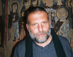 Padre-Paolo-DallOglio21-300x235