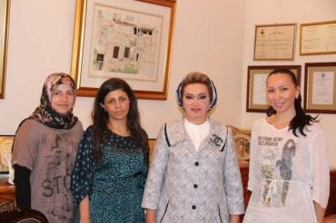 Assadakah con Randa Berri, moglie di Nabih Berri, capo del parlamento libanese
