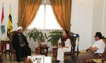 presidente Assadakah Lombardia, Yulia Shesternikova con Alì Daamoush, resp. esteri Hezbollah e Talal Khrais