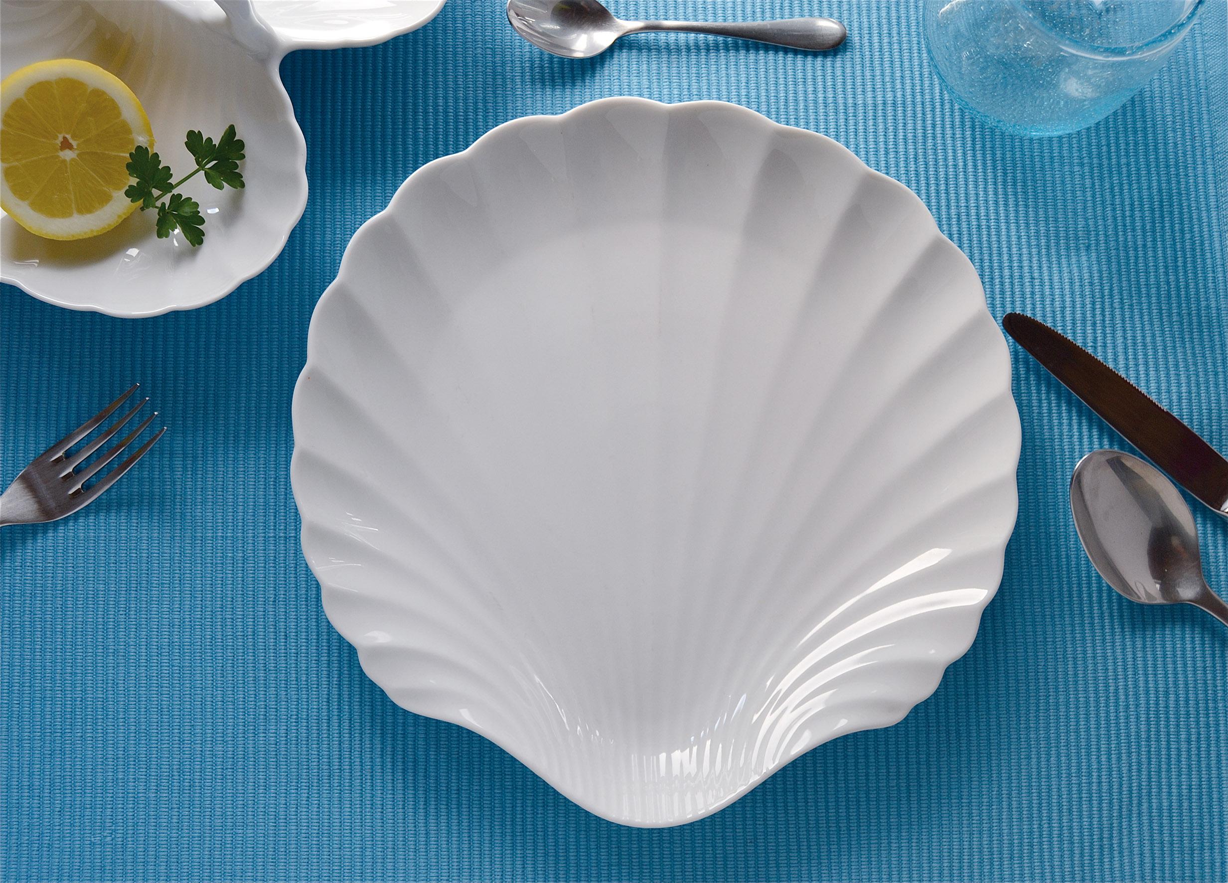 La natura il mare ed eleganza chic per una tavola - Il mare in tavola ...