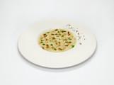 Ricetta-di-Davide-Oldani_Riso-di-Pasta-acciughe-finocchietto-uvetta-piccante-e-polvere-di-caffè-800x534